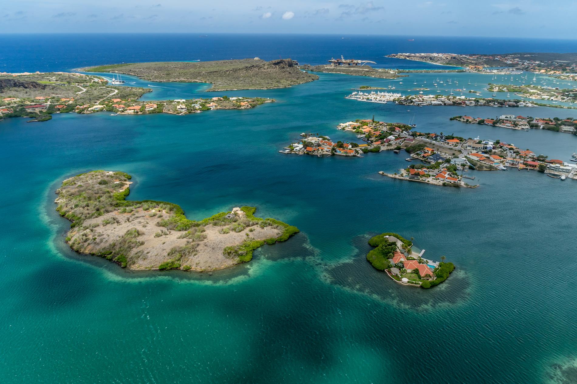 прожили острова в карибском море фото следовать