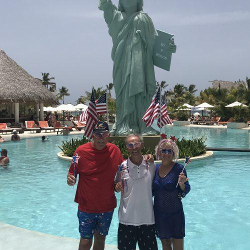 2 july - Thomas & Jill Mc Kee (4 of july)