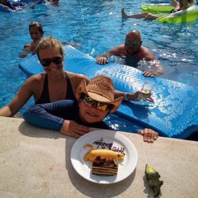 Debra S. / Sunscape Curacao